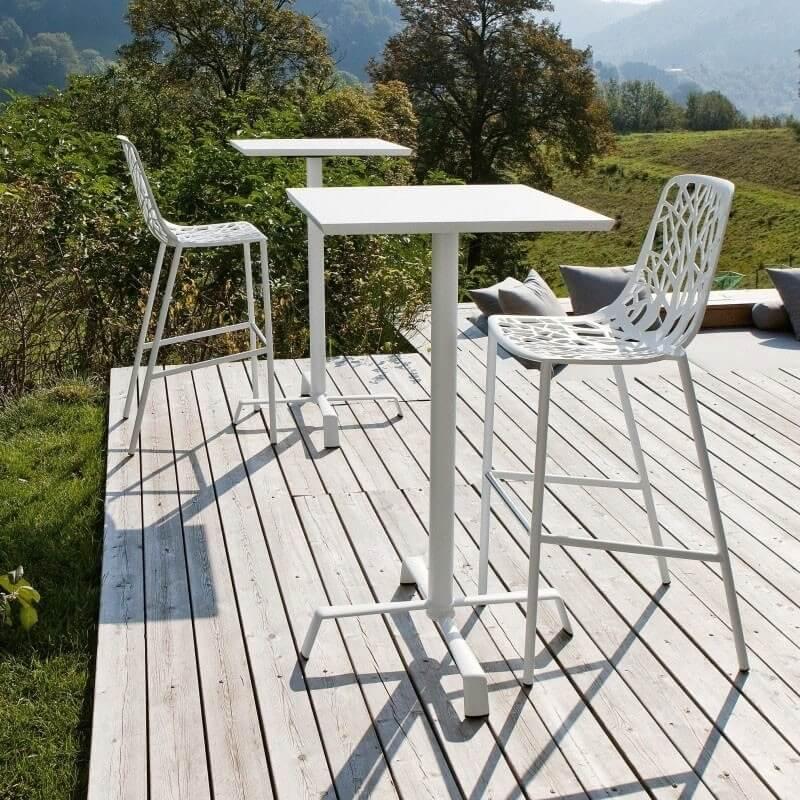 forest tabouret de bar avec dossier haut dit par fast spa. Black Bedroom Furniture Sets. Home Design Ideas