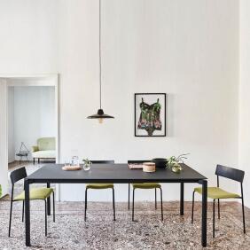 MORE - table extensible acier et Fenix noir de 1m40 à 2m